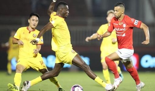 Ban trọng tài VFF lên tiếng về tấm thẻ đỏ của cầu thủ Hà Tĩnh