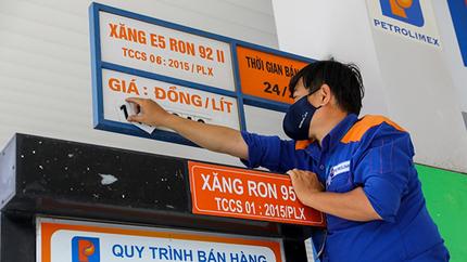 Xăng dầu lại đồng loạt tăng giá lần thứ 5 liên tiếp