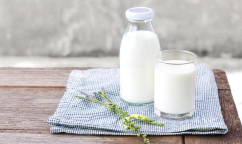 Dinh dưỡng cho người đau xương khớp trong ngày lạnh