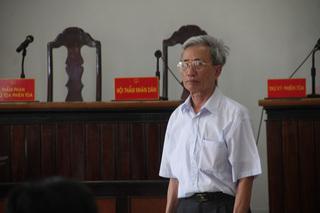 Bị cáo Nguyễn Khắc Thủy trong vụ dâm ô trẻ em ở Vũng Tàu đã chết