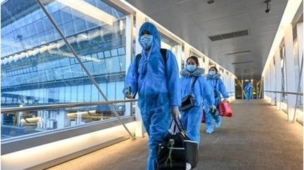 Nhân viên sân bay mắc Covid-19 ở Quảng Ninh từng đến bệnh viện, đi hát karaoke