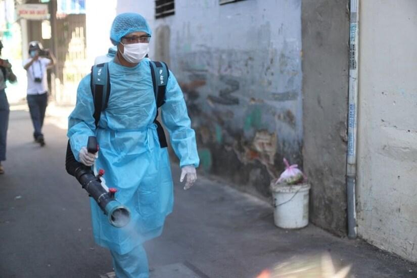 Tìm người đến 31 địa điểm có liên quan ổ dịch Covid-19 Hải Dương, Quảng Ninh