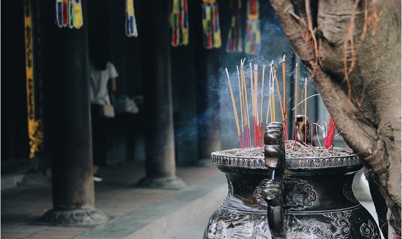 Ngày Tết đi cầu duyên ở chùa Hà cần những gì?