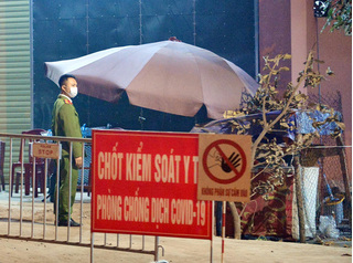 Ca dương tính thứ 10 ở Hà Nội liên tục đi liên hoan, gặp nhiều người trước khi phát hiện nhiễm virus