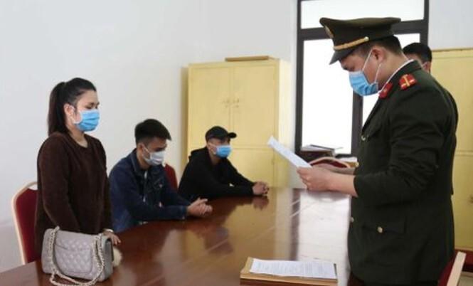 Trốn trạm kiểm soát dịch ở Quảng Ninh, 4 người bị phạt 100 triệu