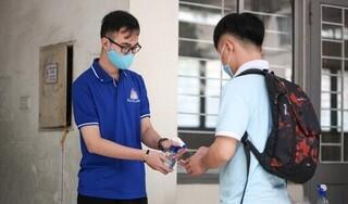 Nhiều trường đại học hỗ trợ sinh viên vùng dịch ở lại ký túc xá ăn Tết