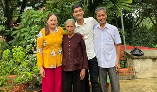 Nghệ sĩ 'đau thắt lòng' khi không thể về nhà đón Tết cùng gia đình