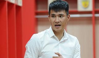 Lê Công Vinh chỉ ra khó khăn của Văn Lâm khi chơi bóng ở Nhật Bản