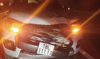 Người phụ nữ bị xe bán tải đâm tử vong trên cao tốc trong đêm