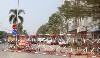 Nhân viên sân bay Tân Sơn Nhất đi nhiều nơi, em trai cùng nhà cũng nghi nhiễm Covid-19