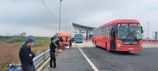 Quảng Ninh tạm dừng hoạt động kinh doanh vận tải hành khách liên tỉnh