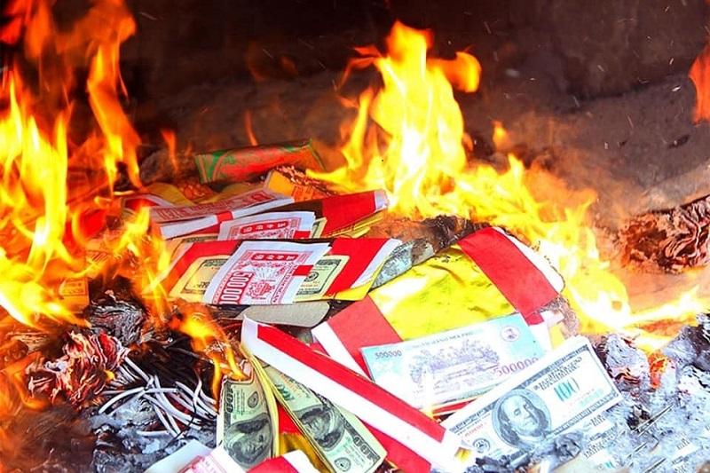 7 biện pháp phòng chống cháy nổ do thắp hương, đốt vàng mã dịp Tết