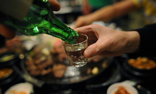 Giải rượu ngày Tết không đúng cách còn rước thêm họa ngay đầu năm