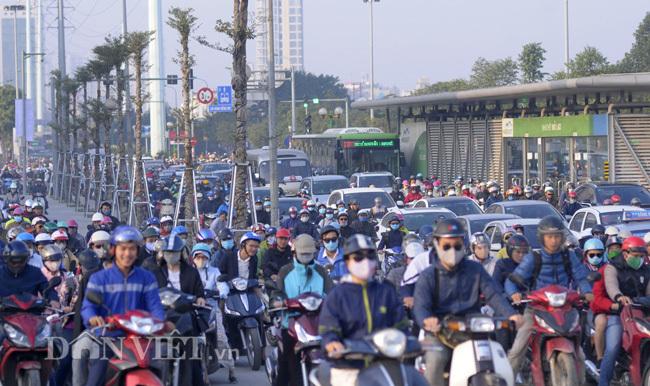 Người dân trở lại Hà Nội sau Tết Nguyên đán phải khai báo y tế ở đâu?
