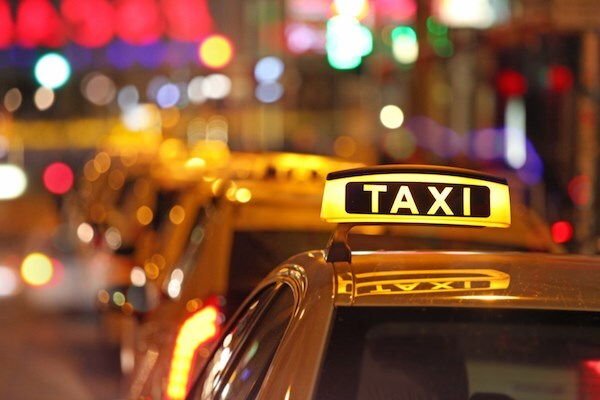 Tạm dừng vận tải khách bằng taxi trên địa bàn Hải Dương từ 0h ngày 16/2
