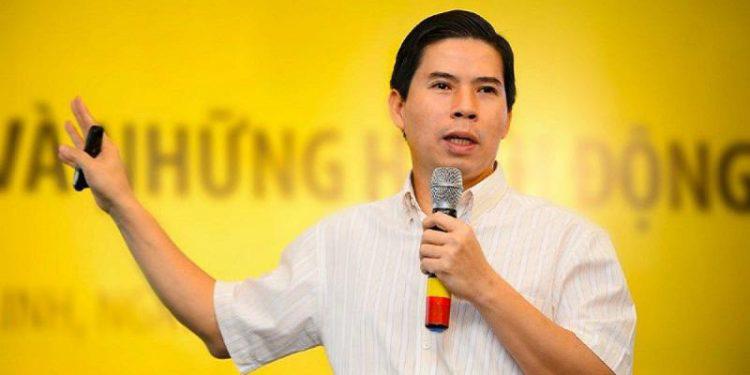 Tiền riêng 'kếch xù', đại gia Nam Định tiếp tục 'ôm' mộng lớn