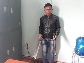Nhóm thanh niên đánh người trên xe khách ở Quảng Nam đến công an trình diện