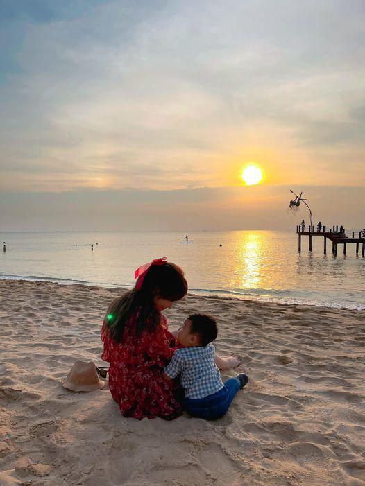 Những người đẹp Việt đột ngột khoe con sau một thời gian 'ở ẩn' gây bão