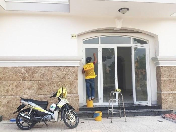 Vì sao cần thuê dịch vụ vệ sinh biệt thự TPHCM?