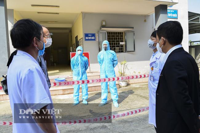 2 bệnh nhân tái dương tính với SARS-CoV-2 sau nhiều lần âm tính