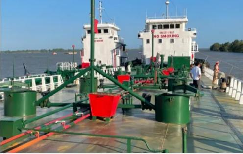 Vụ 200 triệu lít xăng giả: Bắt thêm hai tàu tổng tải trọng 3.000 tấn, khởi tố thêm 3 bị can