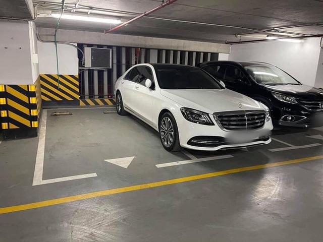 Đỗ xe ngang trái, chủ Mercedes tiền tỷ tái mặt khi đối diện với màn trừng phạt đặc biệt