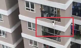 Vụ bé 2 tuổi rơi từ tầng 13 chung cư: Lan can căn hộ cao bao nhiêu?