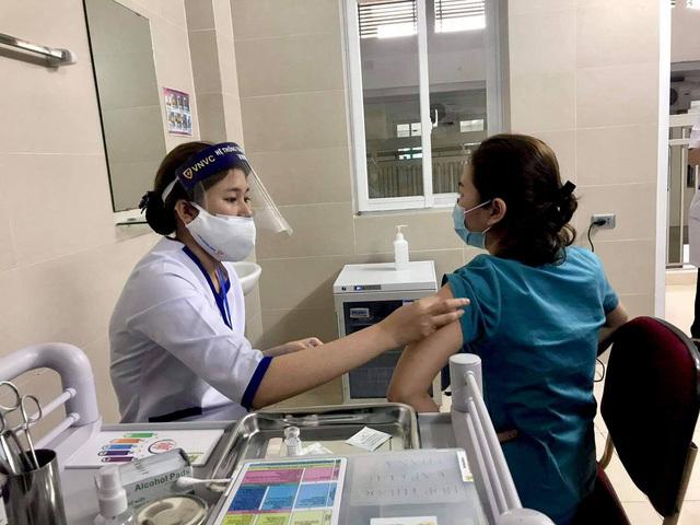 Quy trình 9 bước để tiêm vaccine COVID-19 người dân cần biết