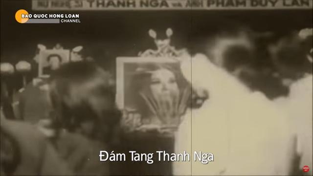 Đám tang NSƯT Thanh Nga, người nối dài 3 ngày, NSND Phùng Há quỳ xuống bật khóc