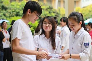 Chi tiết các môn thi vào lớp 10 năm 2021: Đến giờ này chỉ có Hà Nội thi 4 môn