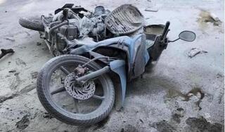 Bỏ chạy khi thấy CSGT, 2 thanh niên đi xe máy tông chết bé 4 tuổi