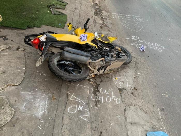 Truy tìm ô tô gây tai nạn khiến 1 người tử vong rồi nhấn ga bỏ chạy