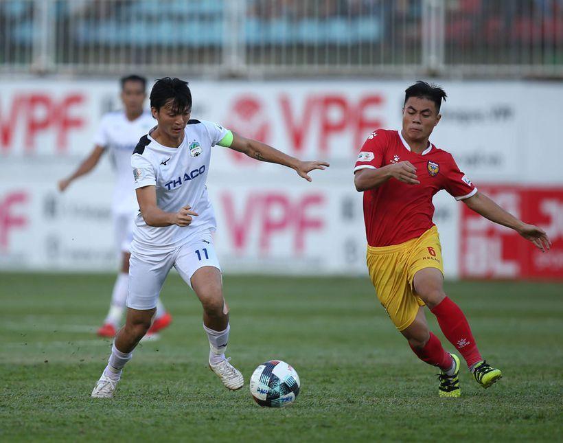 Sốt vé trận HAGL gặp HL Hà Tĩnh ở vòng 4 V.League