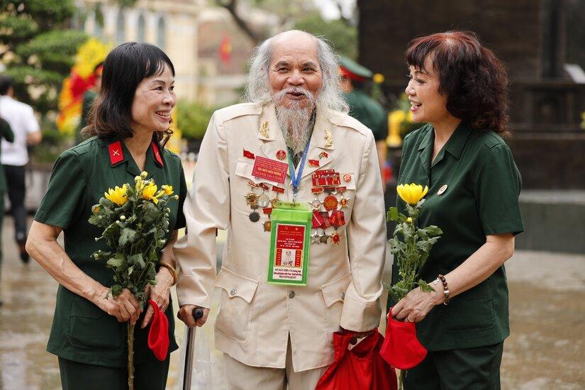 Hòa Bình Group dâng hương tri ân, tưởng niệm Đức Vua Lý Thái Tổ