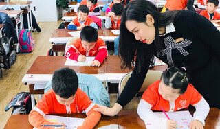 Có nên cho con học chữ trước: Chia sẻ rất thiết thực của cô giáo lớp 1, cha mẹ hãy đọc ngay!