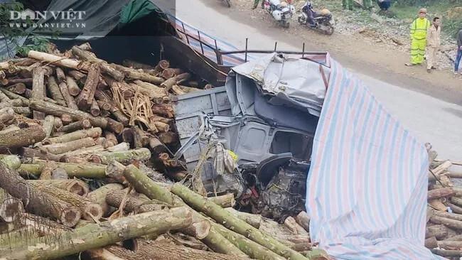 Cận cảnh hiện trường vụ xe tải chở keo đâm vào taluy khiến 7 người chết tại Thanh Hóa