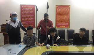 Hải Phòng: Bắt nhóm thanh thiếu niên đi xe máy tốc độ cao, kéo lê dao dọc đường