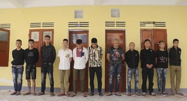 Hình phạt nào cho 13 đối tượng lột đồ, chôn sống nam thanh niên 17 tuổi rồi quay clip