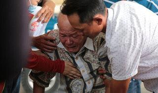 Tiếng khóc xé lòng ở nhà tang lễ sau vụ cháy 6 người chết: