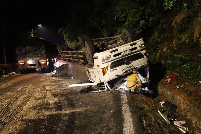 Bị xe tải đổ đèo Bảo Lộc tông trúng, 2 nữ sinh tử vong tại chỗ