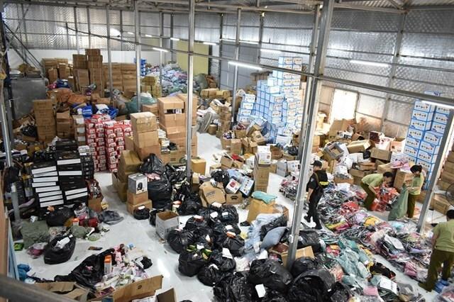 Ninh Bình triệt phá một kho hàng fake quy mô lớn