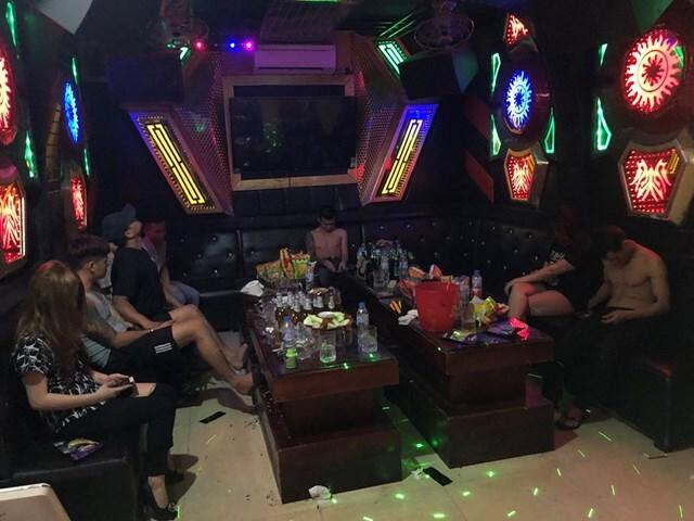 Phát hiện 22 đối tượng sử dụng ma túy trong quán karaoke