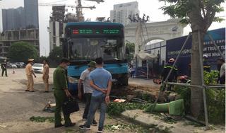 Vụ xe buýt tông chết người đi bộ trên vỉa hè: Phụ xe khai nguyên nhân tai nạn