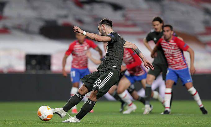 HLV Solskjaer hài lòng với chiến thắng của các học trò trước Granada