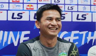 Suýt hòa thảm họa, HLV Kiatisak ca ngợi... Nam Định