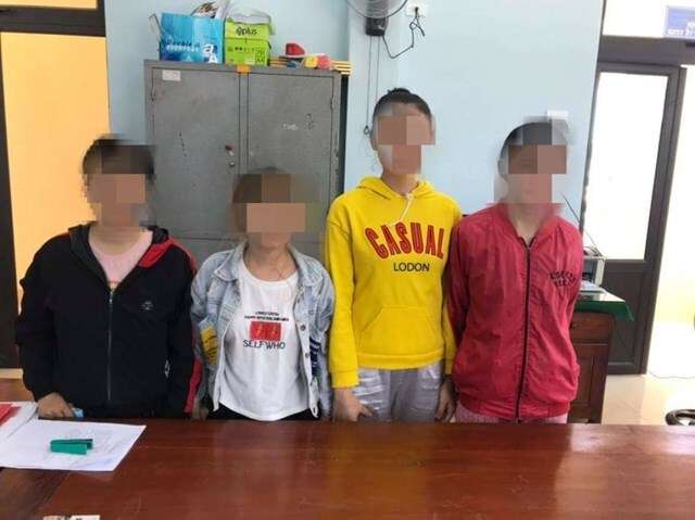 Giải cứu 8 thiếu nữ bị đánh đập, nhốt trong quán karaoke