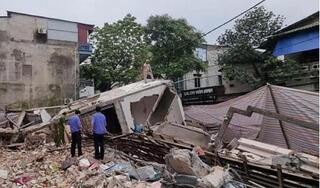 Nhà 3 tầng bất ngờ đổ sập: Chủ nhà tiết lộ số tài sản bị vùi lấp