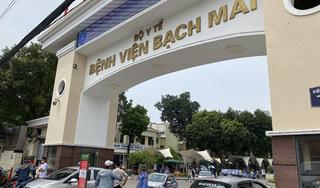Hơn 200 nhân sự Bệnh viện Bạch Mai xin nghỉ việc: Người trong cuộc nói gì?