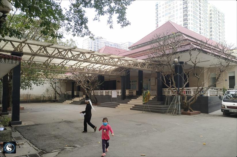 Kêu khó khăn tài chính, Bệnh viện Bạch Mai vẫn khẳng định tuyển thêm 506 người là không ồ ạt