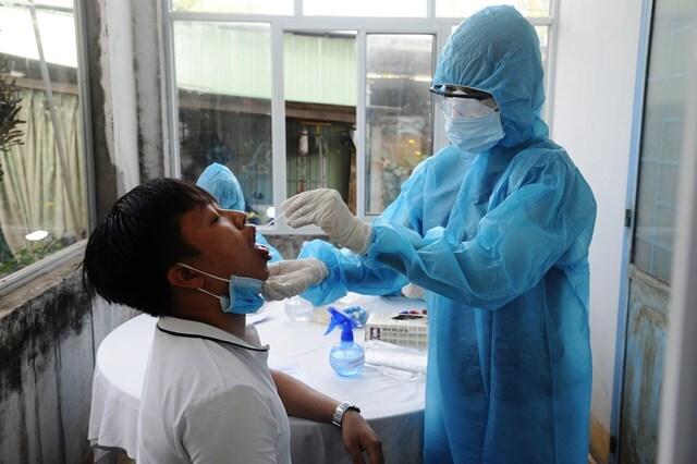 Triển khai tiêm chủng vaccine ngừa Covid-19